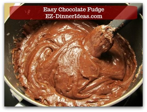 Easy Chocolate Fudge - Stir until marshmallow is all melted.