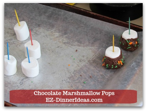 Chocolate Marshmallow Recipe | Chocolate Marshmallow Pops - Sit chocolate marshmallow pop on a baking sheet lined with wax paper.