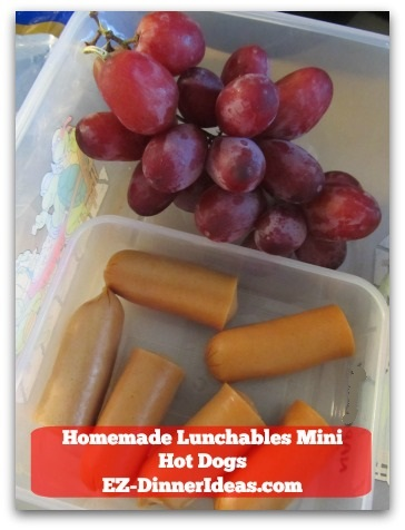 Homemade Lunchables Mini Hot Dogs - Pair it with grapes