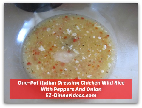 One-Pot Italian Dressing Chicken Wild Rice With Peppers And Onion - Mix Italian salad dressing with other seasoning in a mixing bowl