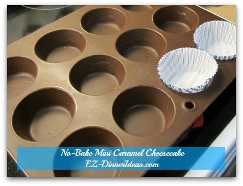 No-Bake Mini Caramel Cheesecake - Line cupcake liner on the pan