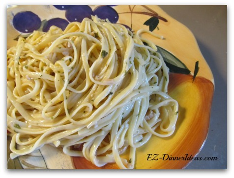 One Pot Linguine with White Wine Sauce