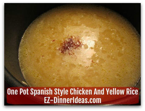 One Pot Spanish Style Chicken And Yellow Rice - Saffron is the ingredient to make the rice yellow