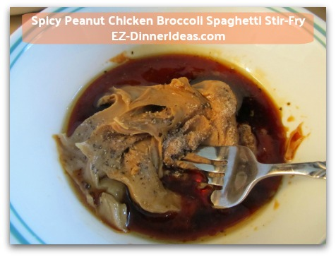 Spicy Peanut Chicken Broccoli Spaghetti Stir-Fry - Prepare the spicy peanut sauce