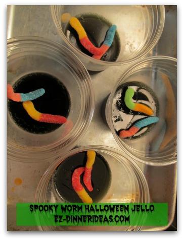 Spooky Worm Halloween Jello