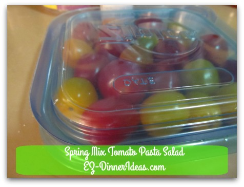 Spring Mix Tomato Pasta Salad - Cover with another same size container lid