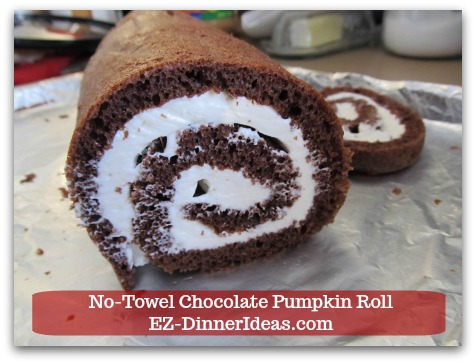 Chocolate Cake Roll | No-Towel Chocolate Pumpkin Roll - This chocolate cake roll recipe was inspired by my other famous pumpkin roll recipe.