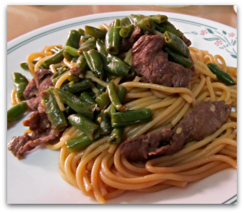Green Beans and Beef Stir-Fried Noodles