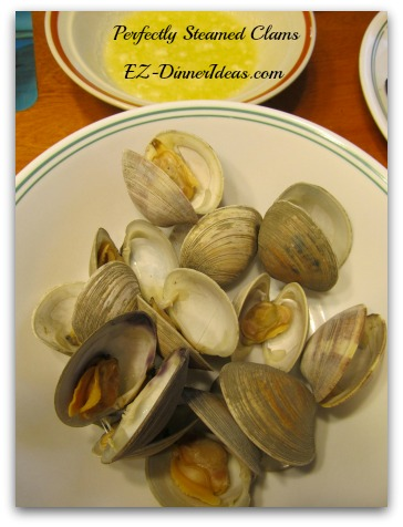 Perfectly Steamed Clams