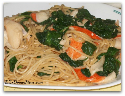 Japanese Style  Stir-Fry Spinach and Crab Noodles